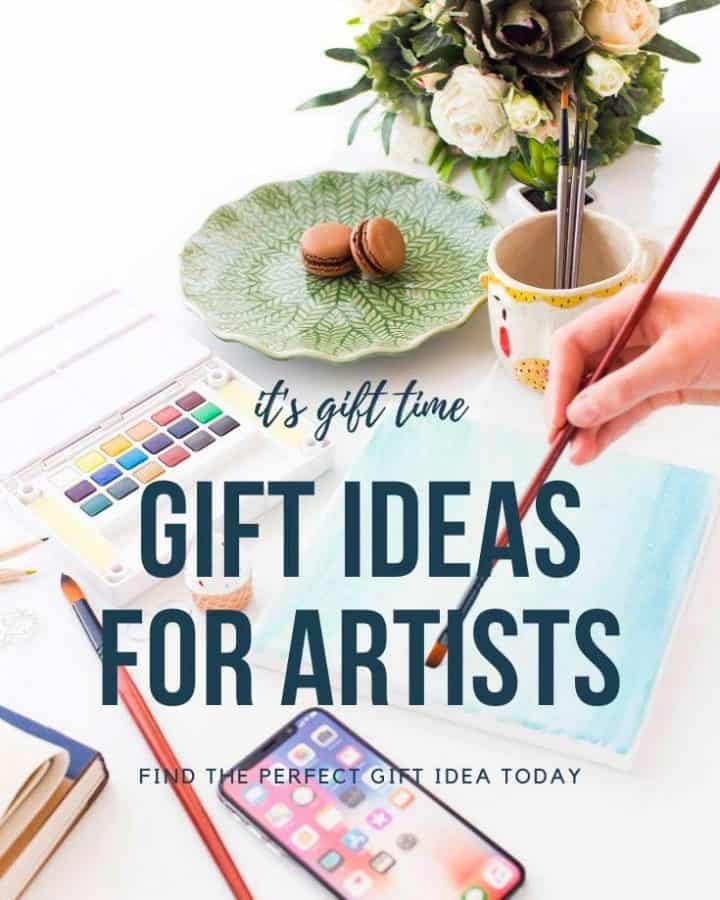 Gift ideas for artists with paints on a desk and watercolors