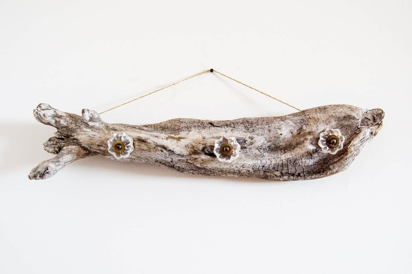 Driftwood DIY jewellery hanger